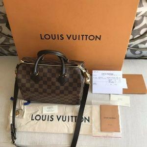 Louis Vuitton speedy